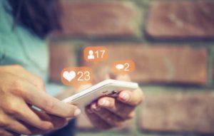 social media always on their smart phones